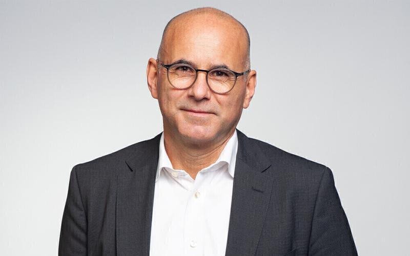 Dr. Oliver Graßy